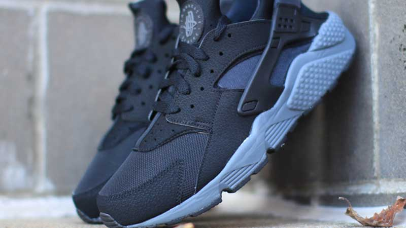 blue black huaraches