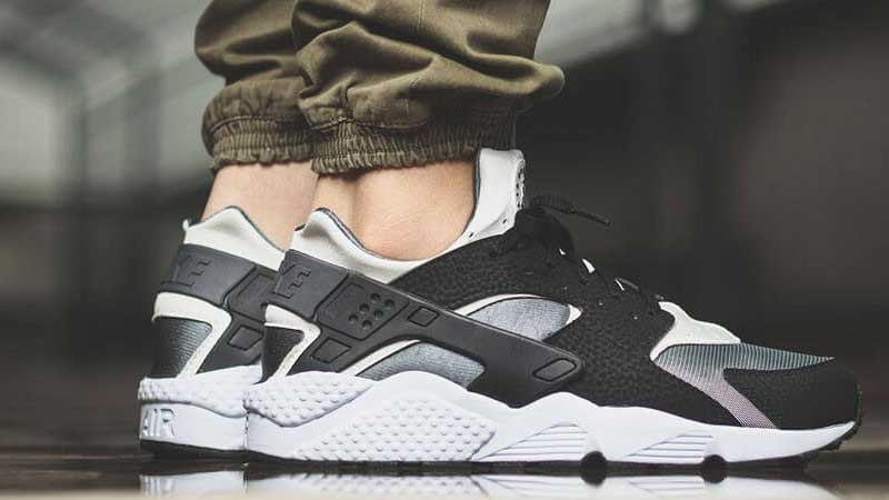 Nike-Air-Huarache-Black-White-Dark-Grey