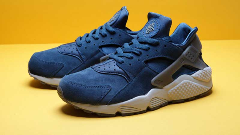 Nike-Air-Huarache-Blue-Suede