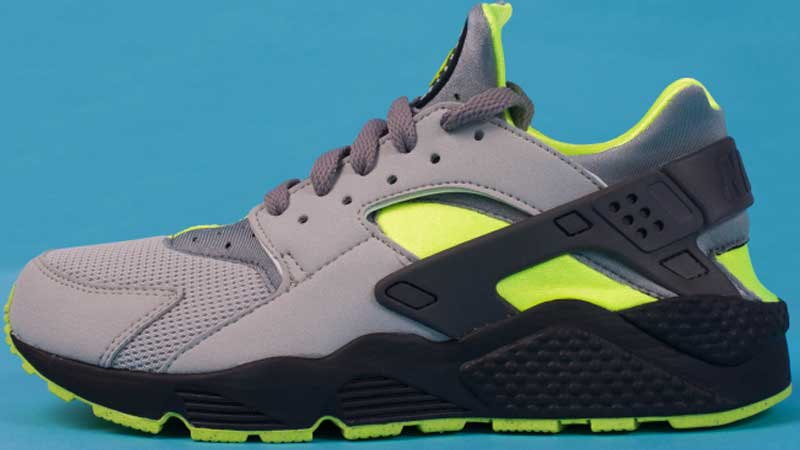 Nike-Air-Huarache-Dust-Volt-Black