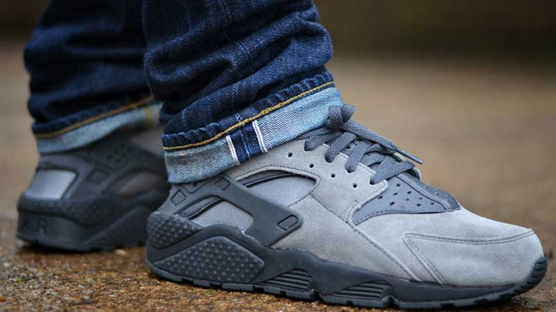 Nike-Air-Huarache-LE-Cool-Grey