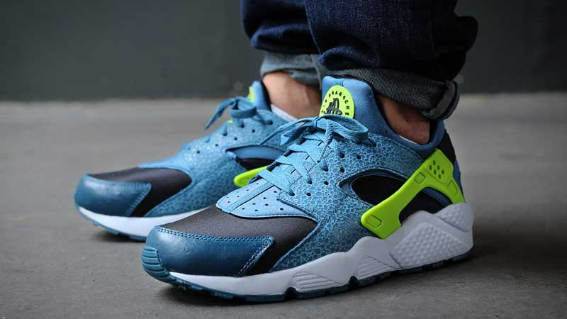 Nike-Air-Huarache-Space-Blue