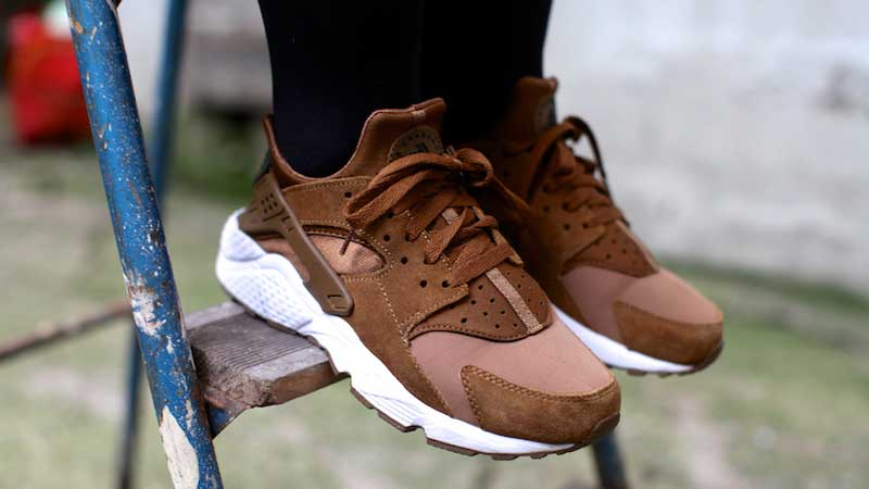 nike air huarache men brown