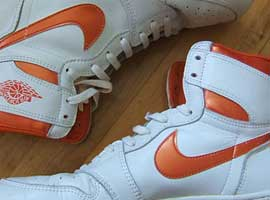 White-and-Metallic-Orange-OG-Jordan-1-Original-Release