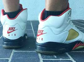 Air-Jordan-5-2000-Retro-White-Black-Fire-Red