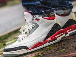 Fire-Red-2007-Retro-White-Fire-Red-Cement-Grey-Air-Jordan-III-Original-Release