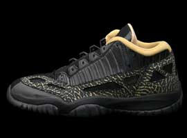 air jordan 11 retro womens IE low black metallic gold