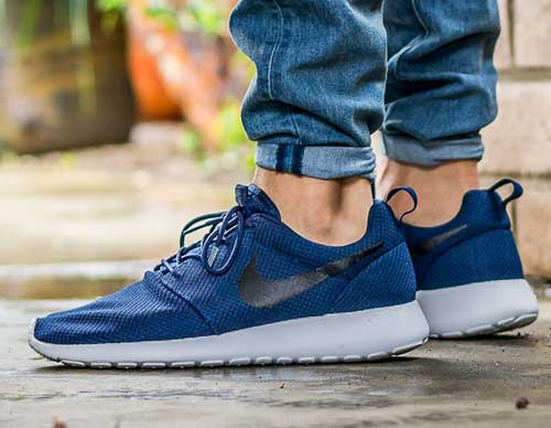 finest selection ea7e7 176b2 nike roshe navy blue