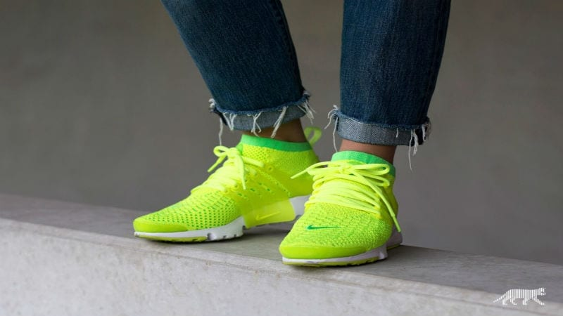 nike-wmns-air-presto-flyknit-ultra-voltage-green